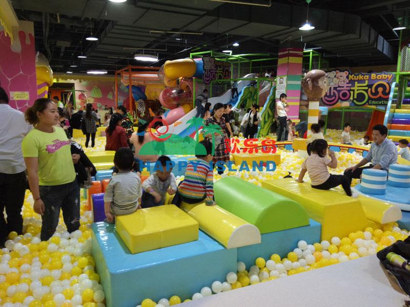 安徽滁州儿童淘气堡乐园开业人气爆棚